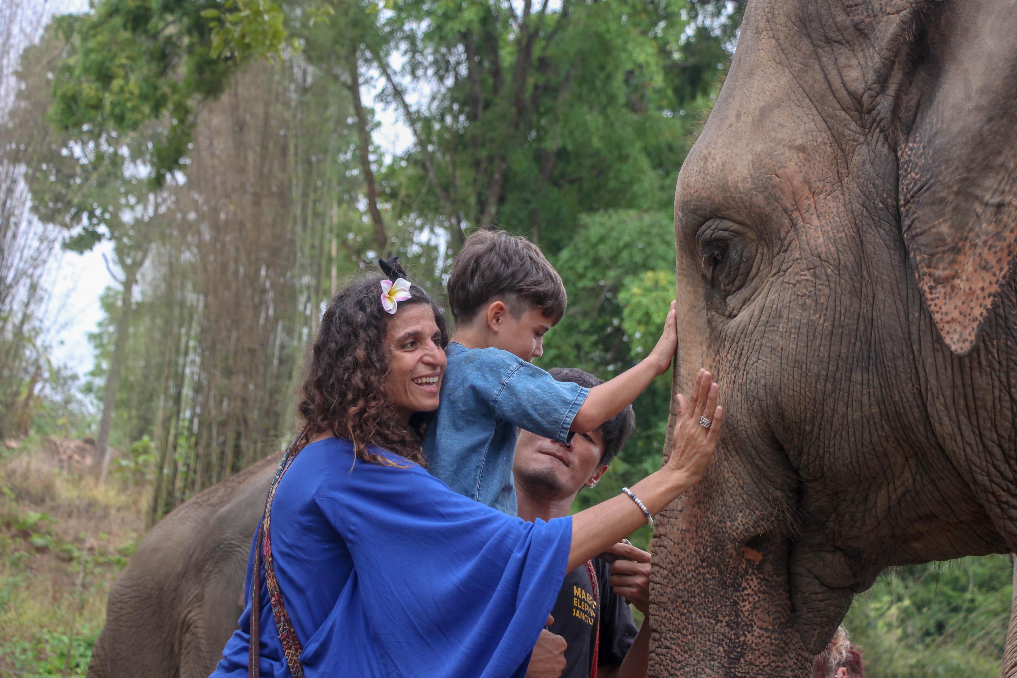 #26# THAILANDE, des éléphants de Chiang Mai au Mékong en passant par Panya Project Community