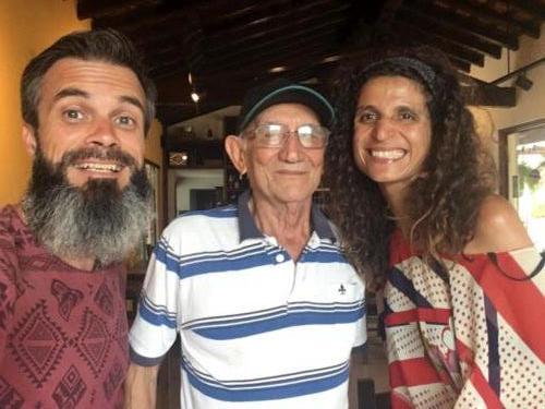Avec Marcial, 83 ans