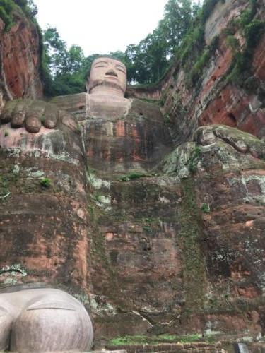 Bouddha géant (1)