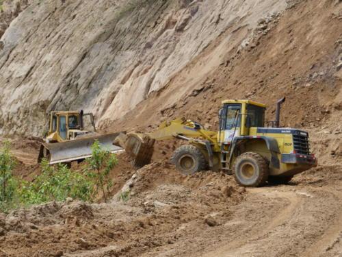 Bulldozers éboulements