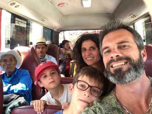 Bus de Huehuetenango à Coban