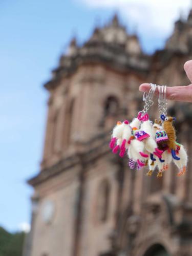 Devant la cathédrale de Cusco