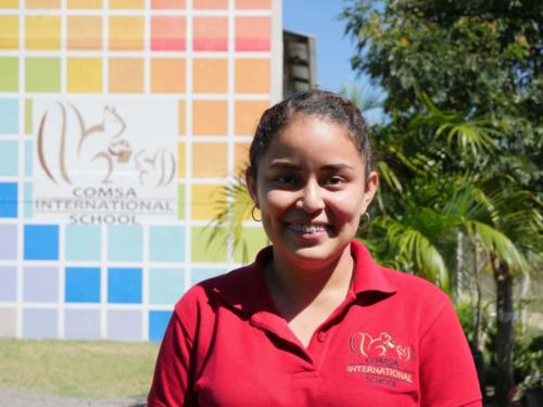 Directrice de Comsa International School