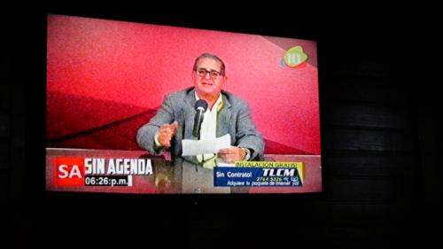 Enrique Présentateur TV Sin Agenda Marcala