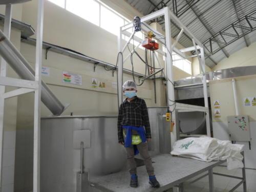 Esteban à l'usine quinoa Coprobich