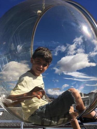 Esteban dans sa bulle
