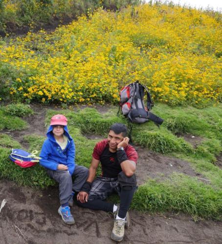 Esteban et notre guide, Volcan Acatenango