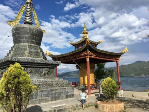 Lugu lake Temple (2)