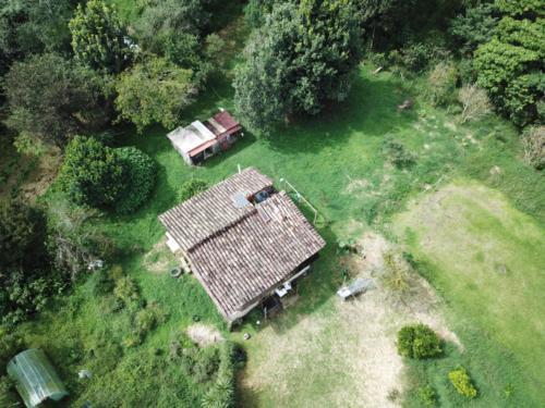 Maison autonome vue du ciel 3