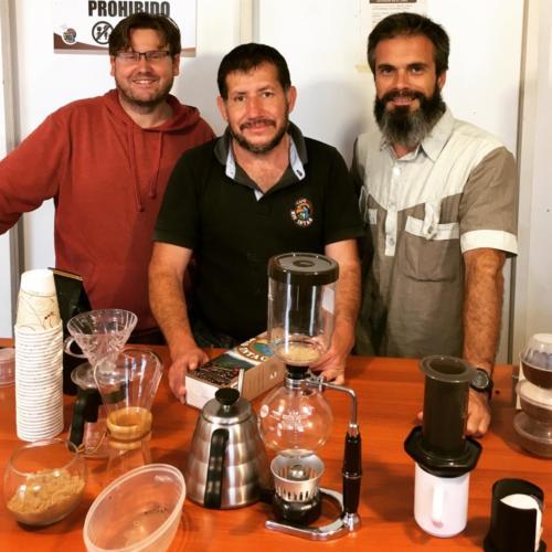 Nicolas et Stéphane, Intag Café