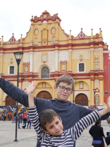 Partage entre frères, Place Centrale, San Cristobal de las Casas