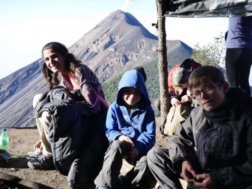 Petit déjeuner après l'ascension Acatenango