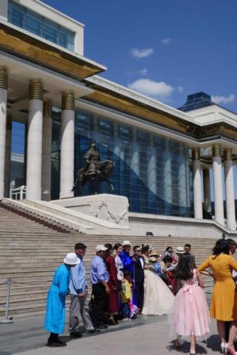 Mariage Place Gengis Khan