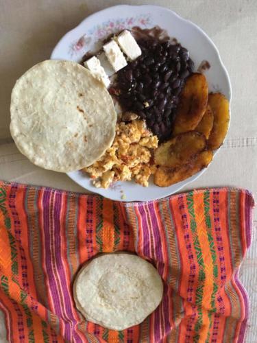 Plat typique guatémaltèque, Coban