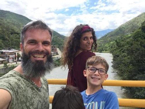 Rio Frontera Peru Ecuador