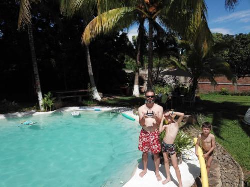 Séance drone piscine Caluco