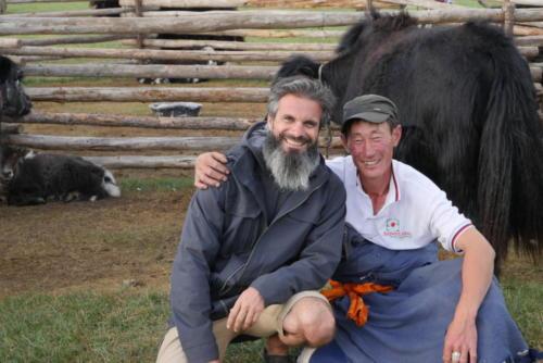 Stéphane & Chingis éleveur de yacks