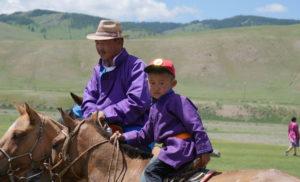 #31# MONGOLIE, le Naadam, la fête nationale haute en couleur